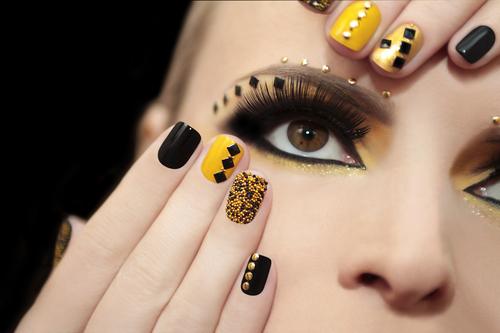 Studs pour la nail art